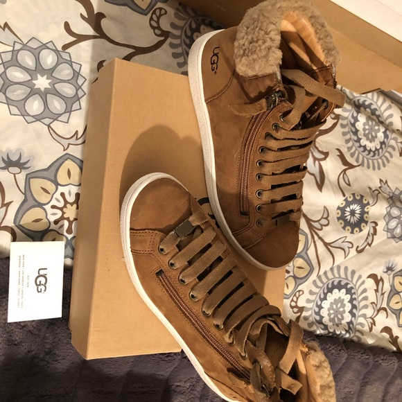 898749c3faa Ugg Women's Olive Lace-Up Sneakers in Chestnut